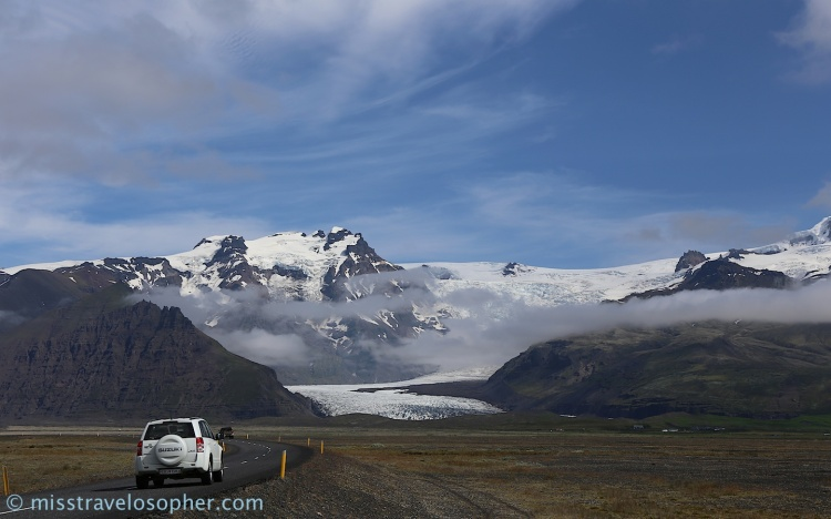 Driving is a pleasure when surrounded by such beautiful scenery! - Land of fire and ice (Skaftafell area)