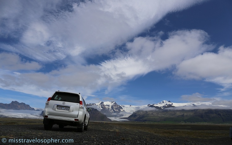 Driving around the Skaftafell area towards glaciers